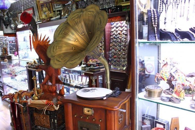 Kızlarağası Hanı gramafon tarihi çarşı Özkan Sağlıksular