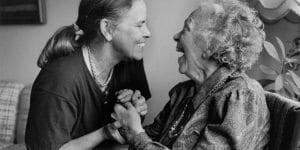 Alzheimer hastalarında oluşan kişilik değişiklikleri iletişim unutkanlık