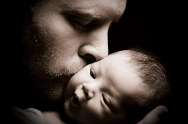 Bebeğe baba şefkati davranış bozukluğunu engelliyor