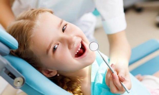 Çocuklarda ilk diş muayenesi ne zaman olmalı?