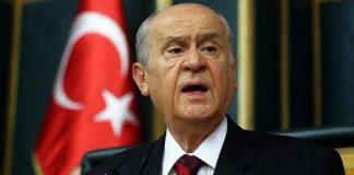 Devlet Bahçeli başkanlık sistemi için referanduma evet dedi