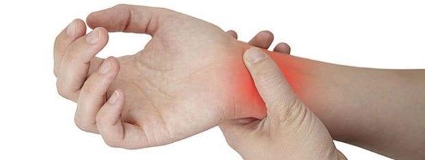 Elde ağrı ve uyuşma neden kaynaklanır? Tedavisi nedir?
