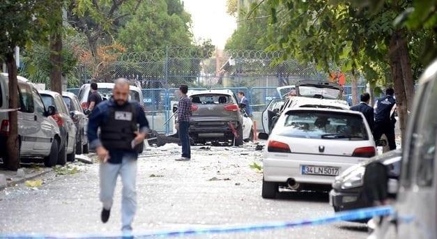 istanbul yenibosna saldırısı patlama motosikletli bomba