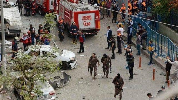 Video İstanbul Yenibosna'da patlama sonrası ilk görüntüler