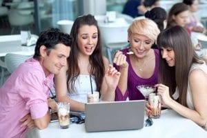 işyerinde sosyalleşirken dikkat