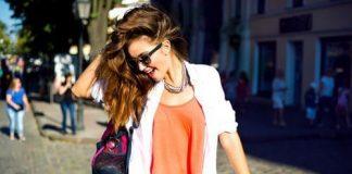 Kadın kendine gülümsedikçe hayat da ona gülümser