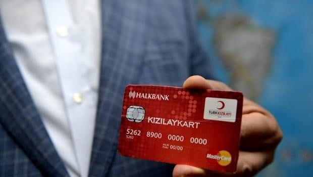 Suriyeli mültecilere her ay kişi başı 100 TL para yardımı kızılay kart