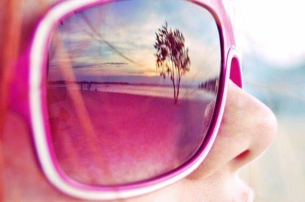Pembe gözlüklerin getirdiği mutluluklar