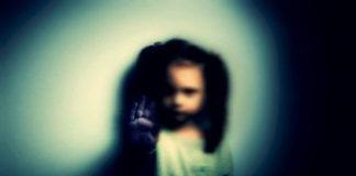 Şiddet gören çocuk: Bu belirtiler varsa dikkat!