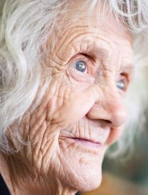 yaşlılık hastalık değil