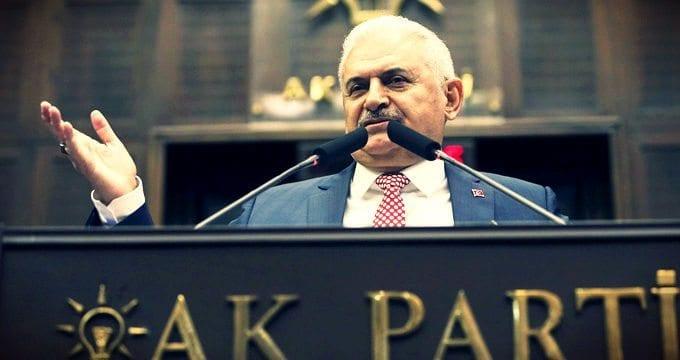 Başbakan Yıldırım, ekonomik sorunlara değinerek yol haritasını açıkladı Türkiye'de yatırım yapanlara vatandaşlık verilecek.