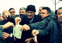 Dolar ve euroları ateşe verdiler