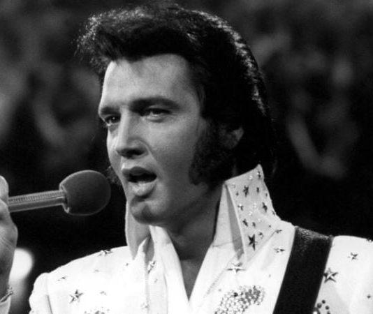 Elvis Presley: Yüzyılın kralı