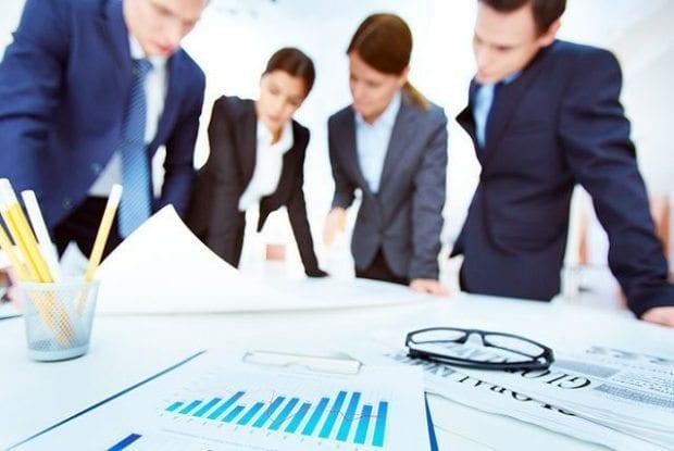 Geleceğe yatırım yapan şirketler rakiplerini geçiyor
