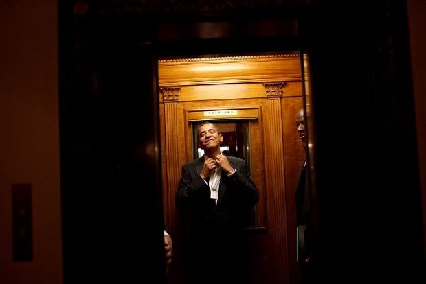jan-20-2009-president-barack-obama-rides-the-elevator-to-the-private-residence-of-the-white-house-after-attending-10-inaugural-balls-and-a-long-day-including-being-sworn-in-as-president-620x414