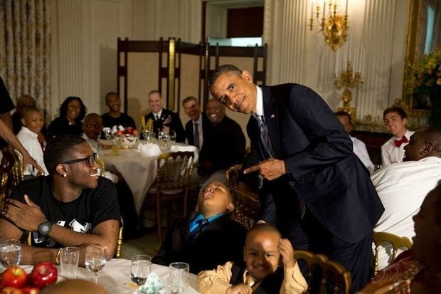 june-14-2013-obama-with-a-young-boy-who-had-fallen-asleep-during-the-fathers-day-ice-cream-social-in-the-state-dining-room-of-the-white-house-620x413