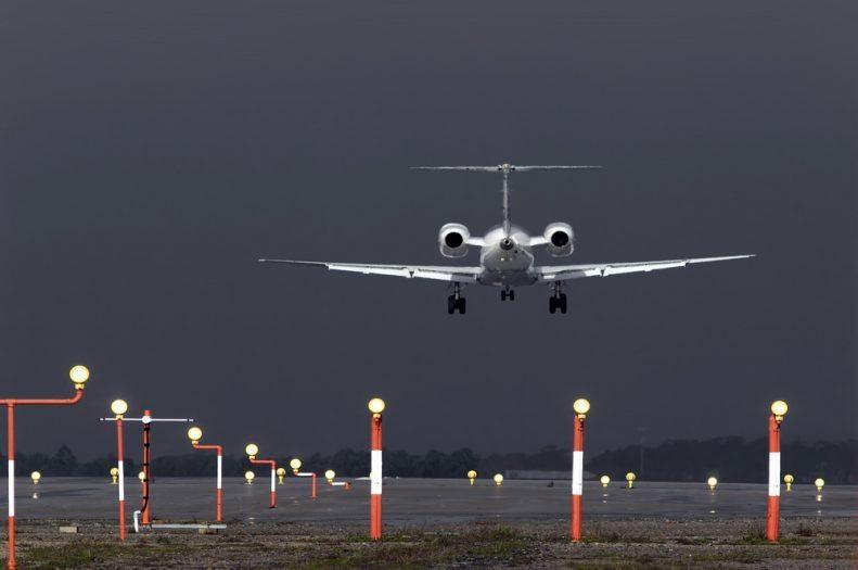 Olağanüstü haller - hava şartları durumunda uçuş iptali yolcu hakları konaklama bilet