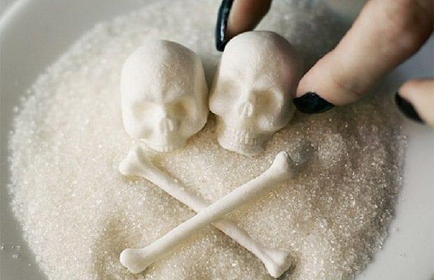 Şeker gerçekleri: Kendisi tatlı, sağlığa etkisi acı