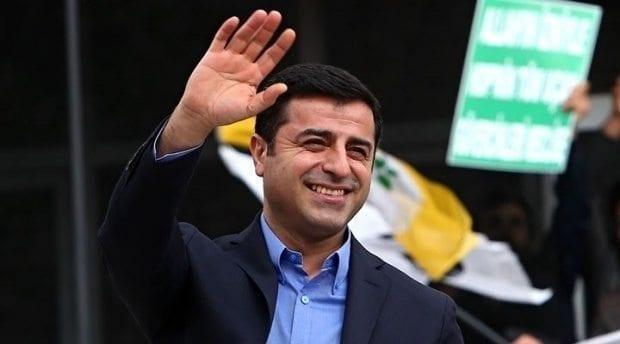 Selahattin Demirtaş'a örgüt propogandası davasında beraat Hukuk kim için? Adaleti batan bir ülke...