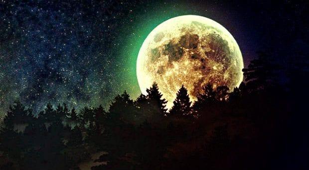 Süper Ay dolunayı olduğu gece sıra dışı olaylar olur mu?