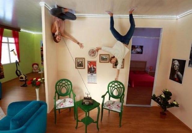Türkiye'nin ilk Ters Ev'i baş döndürmeye devam ediyor