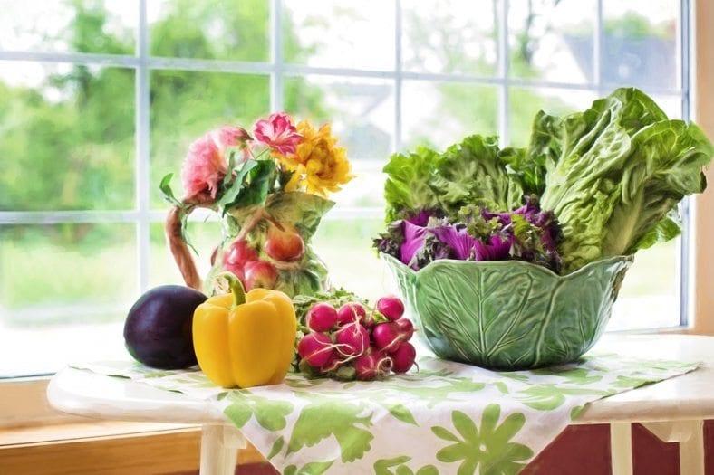 Bazı besinler mutlu ederken bazılarının yetersiz tüketimi bizi endişeli veya sinirli yapabilir. İşte ruhumuzu besleyen yiyecekler...