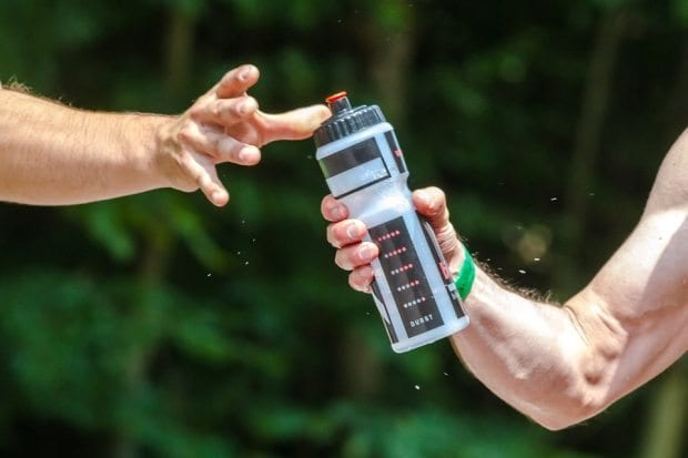 Spor yapanlar nasıl ve ne kadar sıvı tüketmeli?