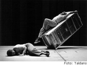 Dolap buzdolabı taldans deneysel modern dans