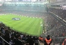 Vodafone Arena tribünleri çağdaş bir kültüre sahip mi?
