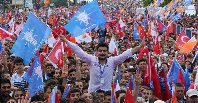 türkiye atatürkçülere kalacak AKP iktidarı geçmişten hiç ders çıkarmıyor!