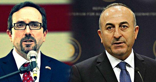 Erdoğan'ın koalisyon güçlerini PYD ve YPG'ye silah yardımıyla suçlamasının ardından Türkiye ile ABD arasında nokta polemiği yaşandı.