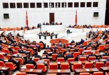 Anayasa değişiklik teklifi Komisyon'dan geçti