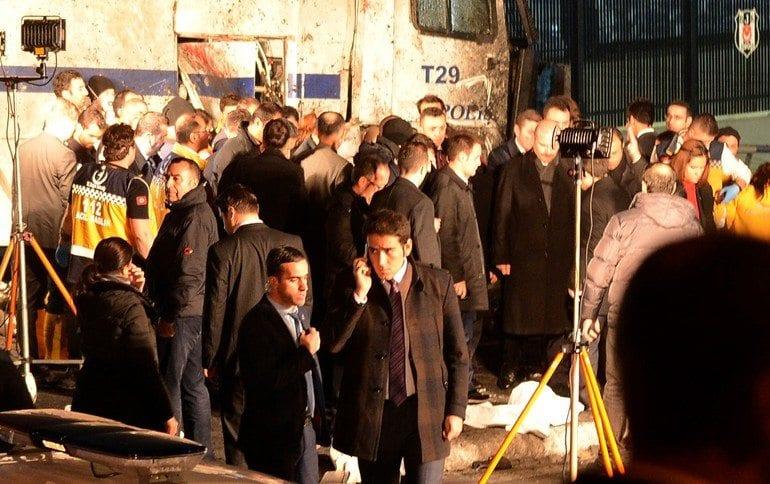 İstanbul'da bulunan bakanlar olay yerinde inceleme yaptı