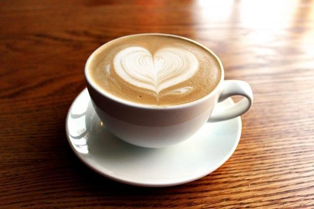 Chai Tea Latte yapmak için gerekli malzemeler