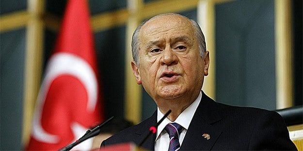 AKP'nin Devlet Bahçeli aşkı