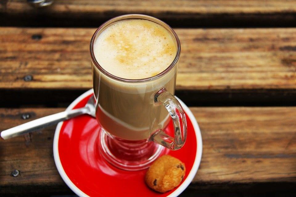 Chai tea nasıl hazırlanır? Sağlığa faydaları neler? Kış akşamlarının vazgeçilmez baharatlı çayı: Chai Tea Latte...