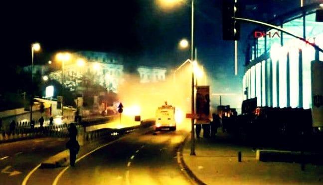 İçişleri Bakanı: İki ayrı patlama oldu