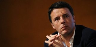 İtalya'da referandumu kaybeden Renzi istifa etti