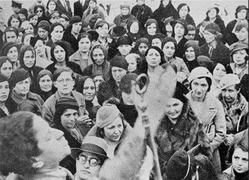 Kadının seçme seçilme hakkı: 82 yıl sonra Türkiye'de kadın