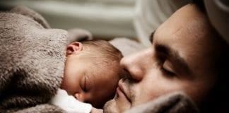 Lohusa dönemi yaşayan babalar ne yapmalı?
