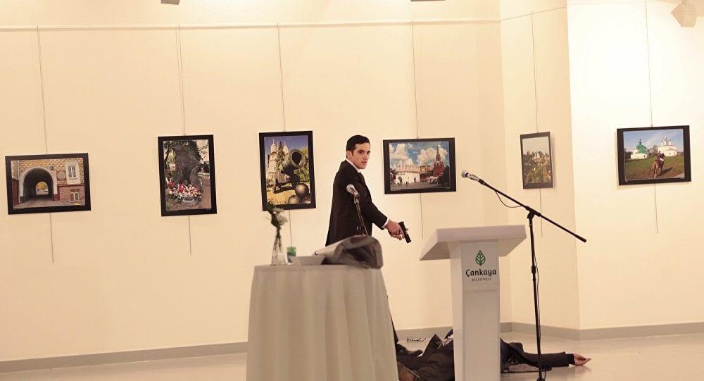 Rusya Büyükelçisi Andrey Karlov'u Ankara'da bir sergi açılışında vuran 22 yaşındaki terörist Mevlüt Mert Altıntaş
