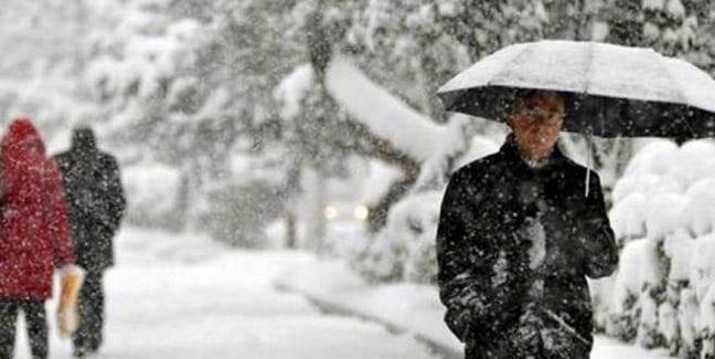 Konya'nın 4 ilçesinde eğitime kar engeli okullar tatil mi