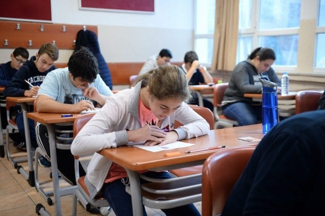 Türkiye'nin belirlenmiş somut eğitim amacı ve hedefi yok!