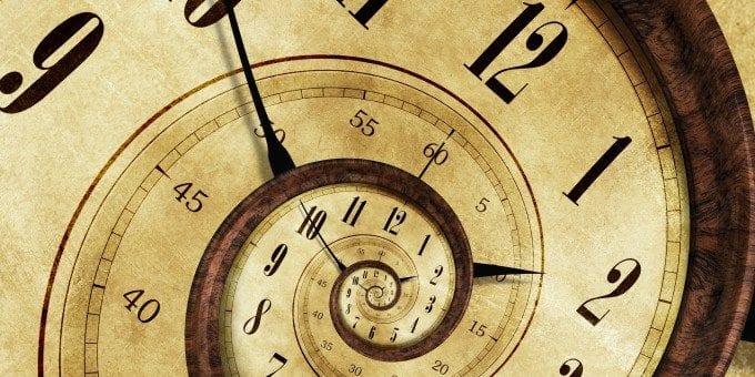 Türkiye'nin yaz saati ile imtihanı: Saatler yerine okulları ileri alalım