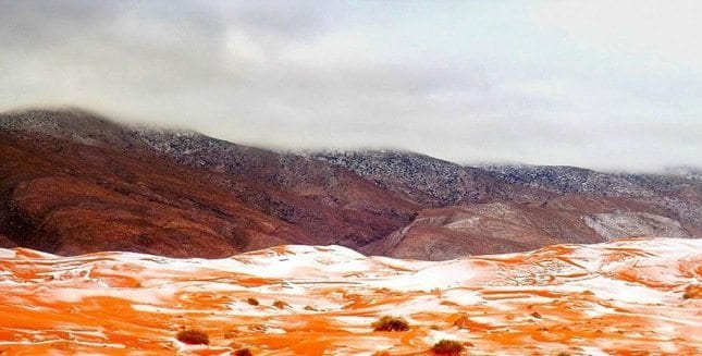 Sahra Çölü'nde 37 yıl sonra kar gözlendi