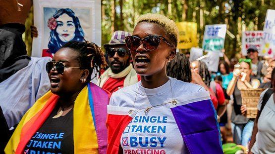 Kadınların Trump'ı protesto yürüyüşü ABD'yi sarstı
