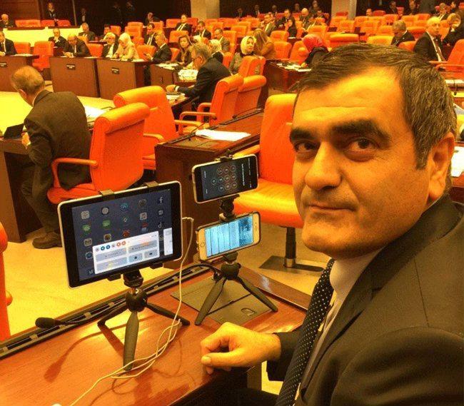 CHP Milletvekili Ali Şeker daha önceden duyurduğu gibi canlı yayın için sistemiyle görüşmeleri yayınladı.
