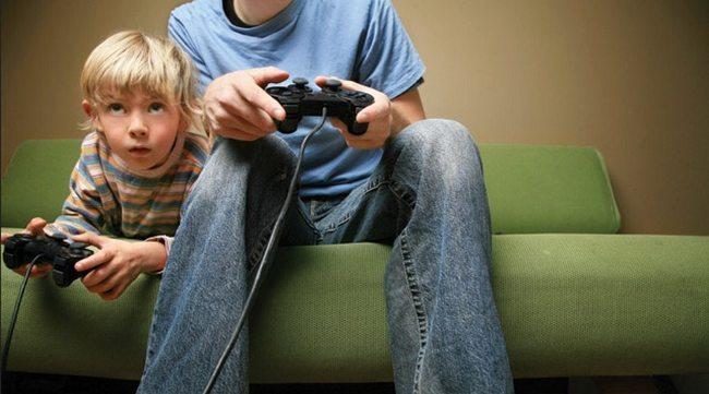 bilgisayar konsol oyunları anne baba ebeveyn denetimi