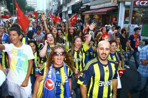 Atatürkçülük: Ne büyüksün Fenerbahçe!