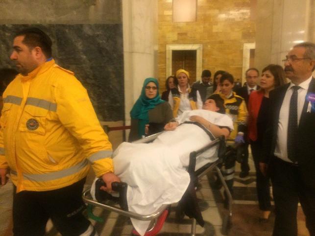 meclis kadın milletvekilleri kavga aylin nazlıaka şafak pavey pervin buldan gökçen özdoğan enç